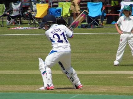 Arti Evans hits another boundary