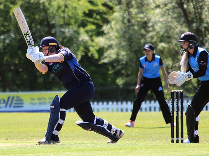 Georgia Hennessy on her way to 40 not out in the win over Worcestershire