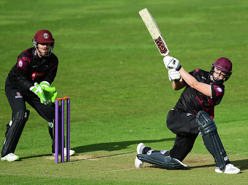 Tom Lammonby hits out for Somerset