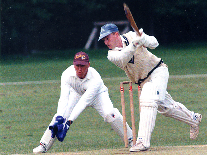 Andy Hele keeping wicket in the Premier Division against Heathcoat