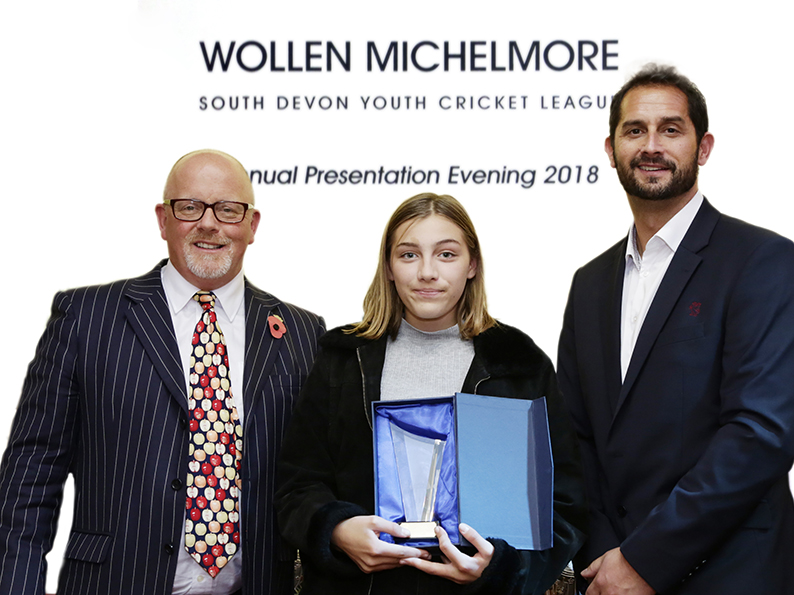 Chagford&#039;s Flo Hassell with the league&#039;s spirit of cricket award. She is flanked by Dave Kendall (left) and Jason Kerr (right)<br>credit: studio5photography