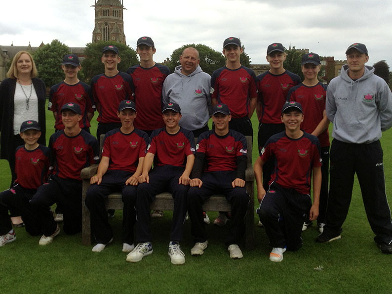Exmouth with their coaches and scorer Rachel Tozer