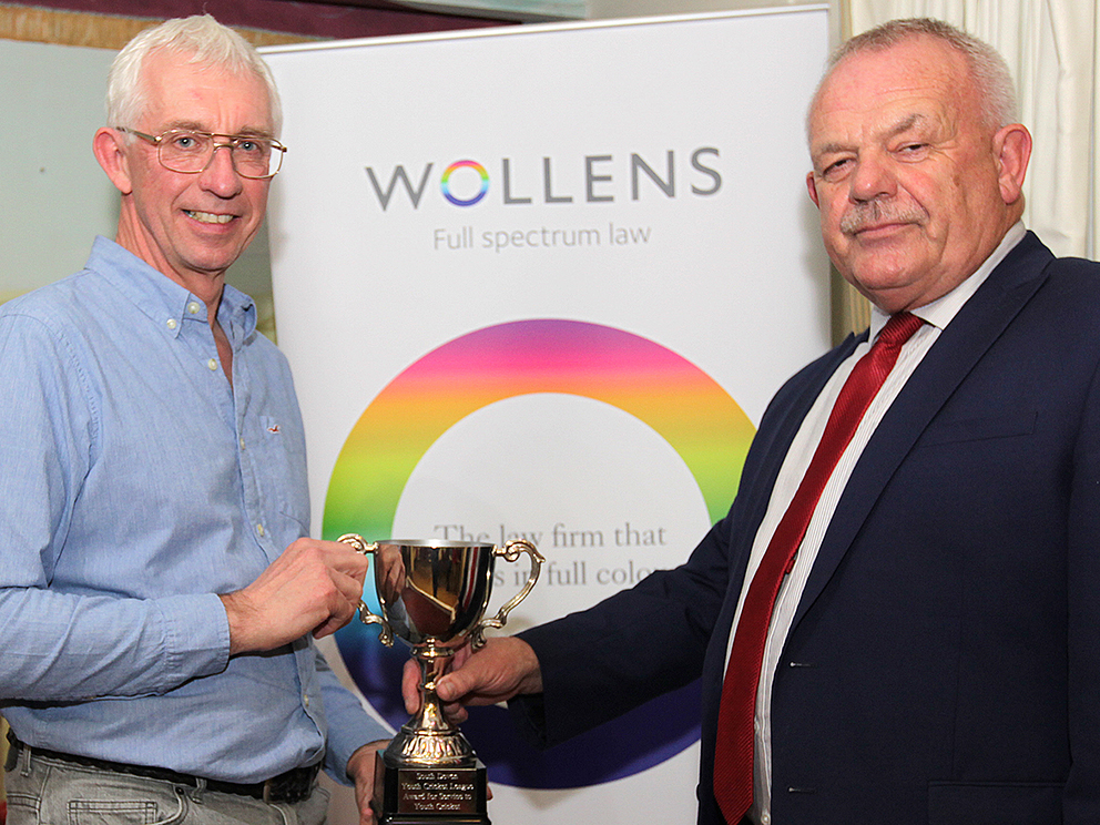 President's Cup winner Paul Harding (left) receiving his award from Jim Parker of Wollens
